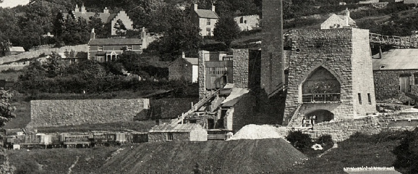 Enlarged section of Dyserth Lime Works photo, from a postcard posted in 1910